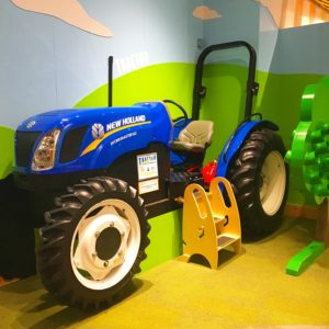 Hands on House Tractor