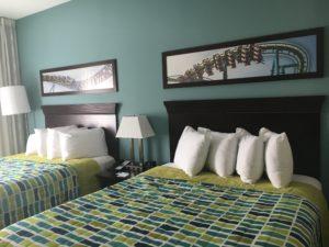Cedar Point Express Hotel Room