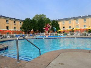 Cedar Point Express Hotel