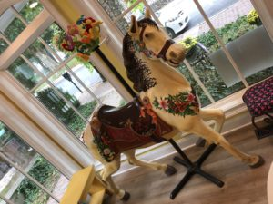 Fabby-Do Carousel Horse