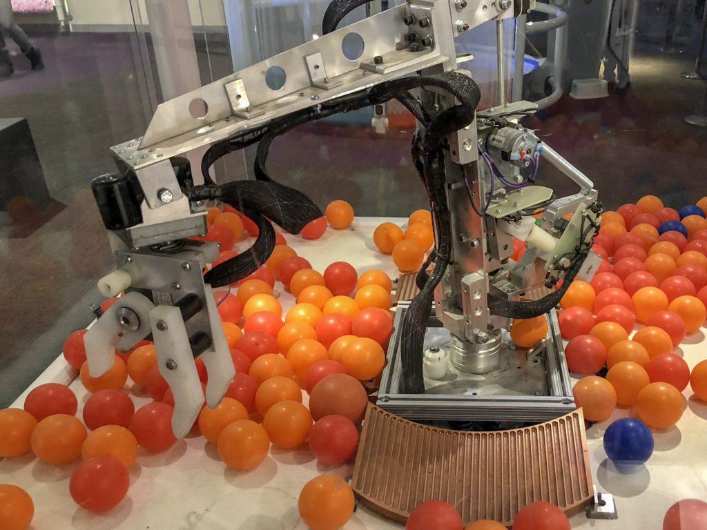 roboworld Robot - Carnegie Science Center