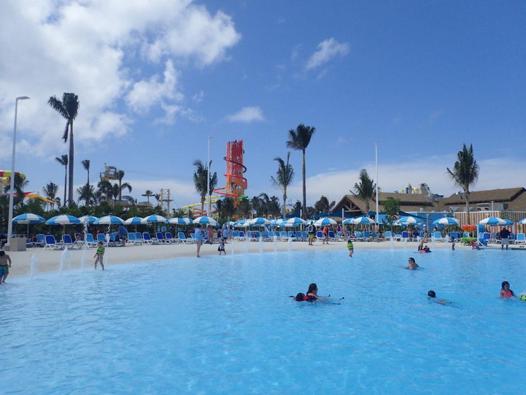Oasis Lagoon Pool