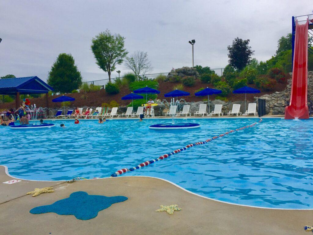 JayDees Pool and Viper Slide