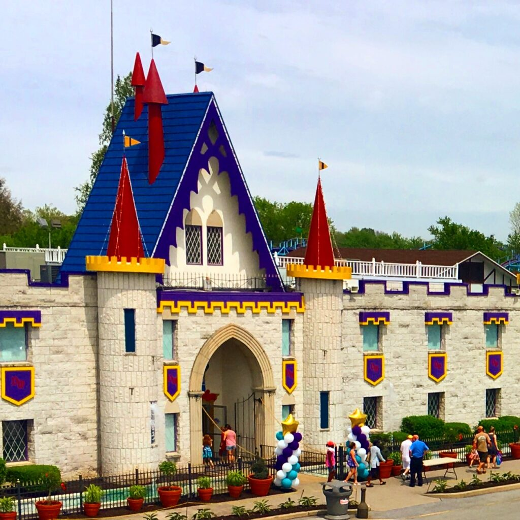 Dutch Wonderland Entrance