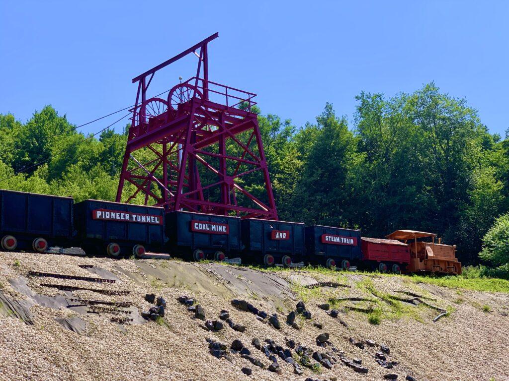 Pioneer Tunnel Coal Mine and Steam Train
