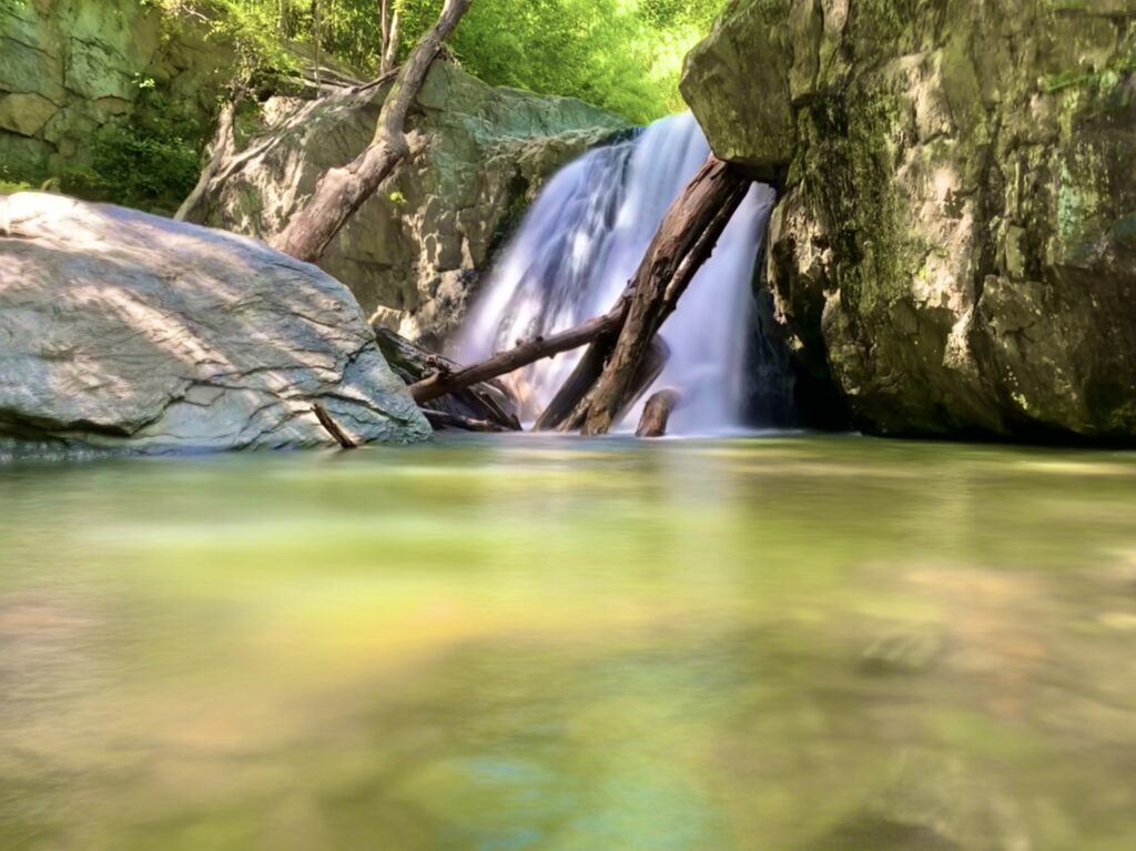 Kilgore Falls in Rocks State Park