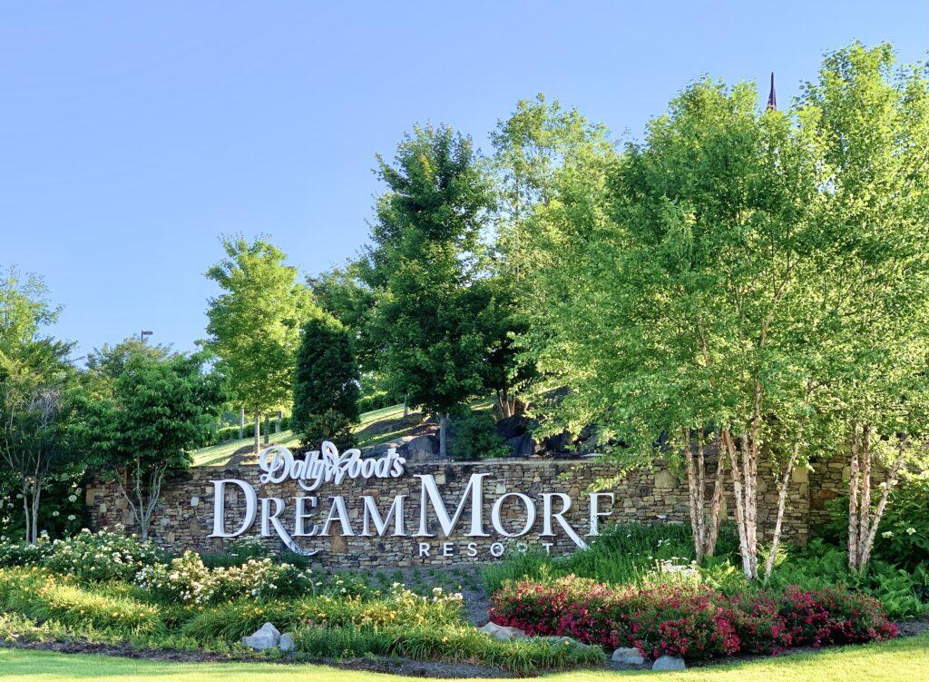 DreamMore Resort Sign