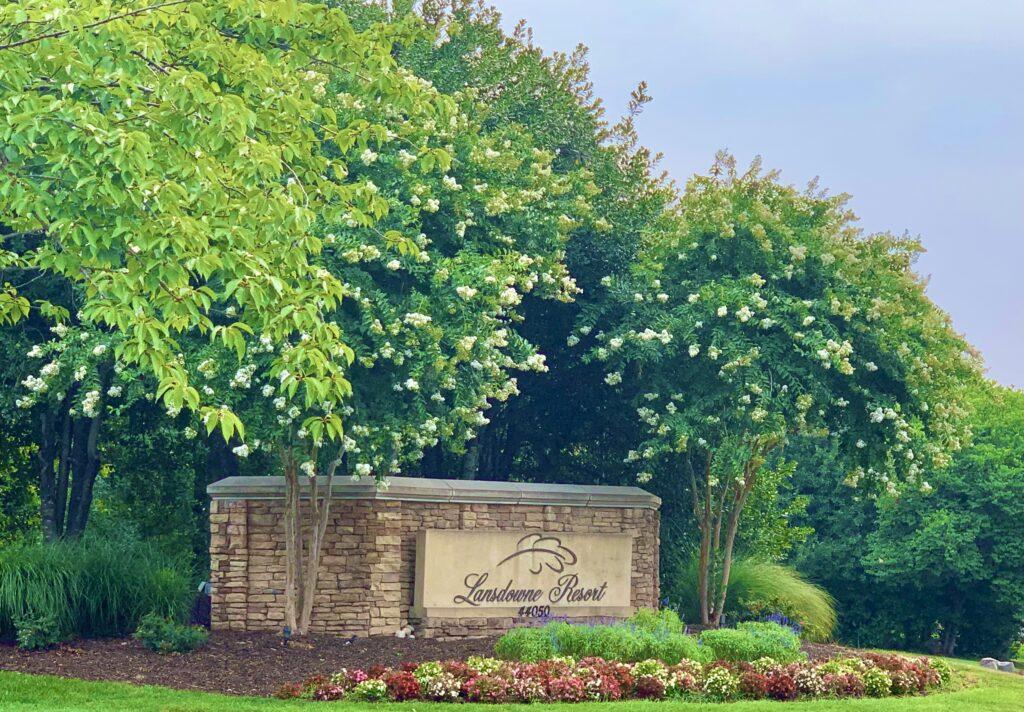 Lansdowne Resort Sign