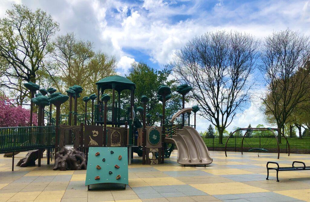 Longs Park Playground